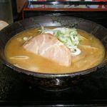 伝丸 - 白味噌ラーメン 680円 大盛りサービス