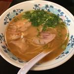 長浜ラーメン浜ちゃん - 料理写真:長浜ラーメン550円
