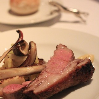 イノウエ グリリア - 料理写真: 子羊のグリルにグリルお野菜を添えて