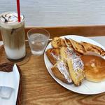 オーサムベーカリー - カフェラテ(ICE)、めんたいぱりぱり、特製フレンチトースト、とろけるクリームパン