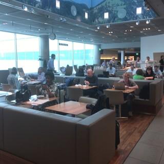 Lufthansa Senator Lounge -