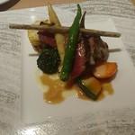 ル ポタジェ - 色々夏野菜と国産牛フィレ肉の炭火焼き 山椒のフォンドヴォーソースで +1,400円