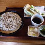 Yuukiteikawashima - 野菜天そば