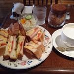 珈琲の森 - ミックストーストサンドセット 670円