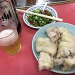 68721379 - 豚足とビール大瓶