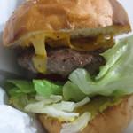 フリスコ - チーズハンバーガー1050円
