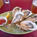 68723315 - 生牡蠣は2個からだっけかな?赤ワインビネガーと牡蠣が滅茶苦茶合います!