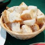 chez MACIO - チーズフォンデュのパン
