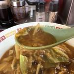 中華家がじゅまる - トロミが強いスープ