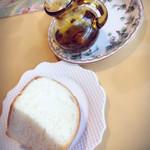 ル・ポタージュ - パンとコーヒーの香りが香るオイル