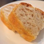 ラ バルカッチャ - ペアランチのパン