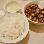 龍門 - 麻婆豆腐セット