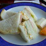 ぷろばんす - ハムサンドと卵サンド