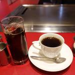 アヴァンティ - アイスとホットコーヒー