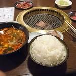 焼肉べこ六 - 料理写真: