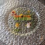 68744585 - 冷前菜 ズワイガニ、ボタンエビ、カワハギのカネロニ仕立て