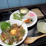 食堂 みつばち - お魚セット(ランチ)例