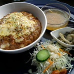 食堂 みつばち - 焼きチーズカレー