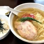 麺屋ブルーズ - 料理写真:今日は雑炊ご飯セットで。。