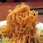 中国料理 慶福楼 - 麺はかん水多めの縮れ麺