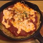 かくれん坊 - 料理写真:特製ピザスパ 1080円