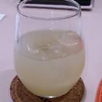 ビーチ食堂 Mr. BEACH - ドリンク写真:梨のお酒