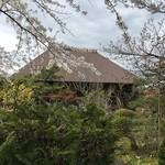 68755094 - 外観…広いお庭の向こうにお屋敷があります