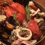 大人の洋食屋さん ぶると味 - オマール海老丸ごと1匹ブイヤベース  2人前 3480