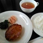 れすとらん 茅 - 和風ハンバーグランチ(700円)
