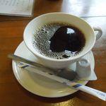 とんや - 食後にコーヒーかみつ豆がついてきます