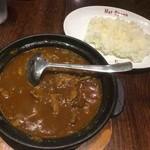 ホットスプーン - 肉2倍の牛すじ煮込みカレー