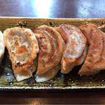 蓮華 - 焼き餃子  肉汁多くて美味しい