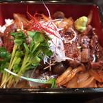 68766749 - 飛騨牛ステーキ丼
