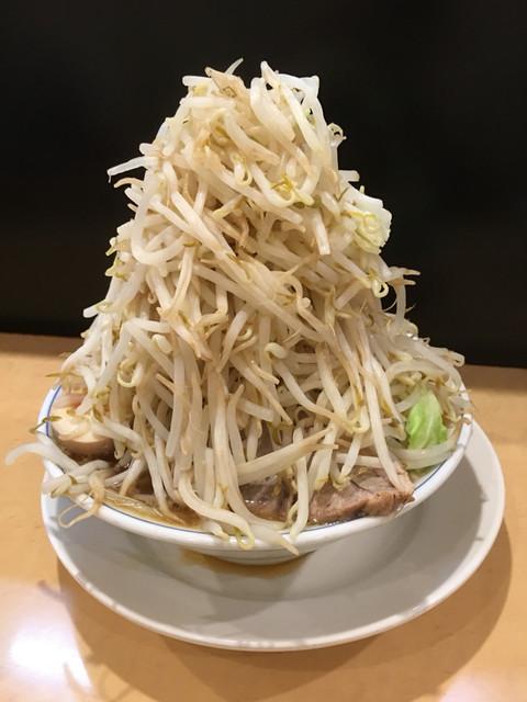 ラーメン大 高円寺店 - 野菜増し増し+味玉