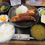 68773453 - 「有頭特大エビフライ定食」(¥1,380)