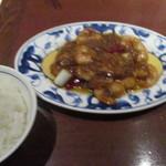 陳麻婆豆腐 - 海老チリセット