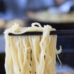 68774379 - 細麺リフト