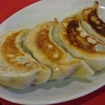 上海菜館 - ○焼餃子4個380円