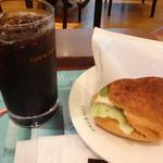 カフェ・ド・クリエ  - 料理写真:アイスコーヒー モーニング付