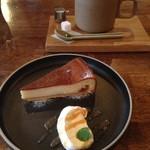 HAGI CAFE  - ラム漬け無花果のチーズケーキ&HAGISOオリジナルブレンド♡