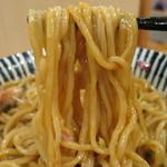麺処 一龍庵 - ポルチーニオイルのまぜそば/麺リフト