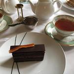 デザートカフェ長楽館 - ショコラオランジェと紅茶