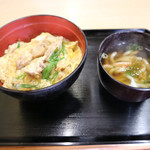 麺吉 どんどん - 日替わりBの親子丼とミニうどん600円