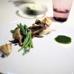 メイユー アヴニール ア トウキョウ - 真鯛の低温コンフィ 蕪のピュレとその葉のソース