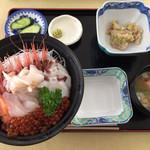 おろろん食堂 - 海鮮丼  1800円
