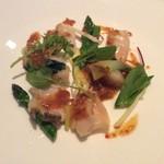 68781898 - 三種の貝 ツブ貝、ミル貝、ホタテ貝と季節野菜の炒め EXO醤添え