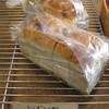 モヌッカ - 料理写真:レーズンパン