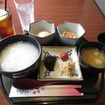 参八通り - 料理写真:おかゆモーニング(ドリンク代+120円)