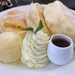 カフェ プティパ - メープルパンケーキ