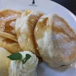 カフェ プティパ - メープルふわふわパンケーキ